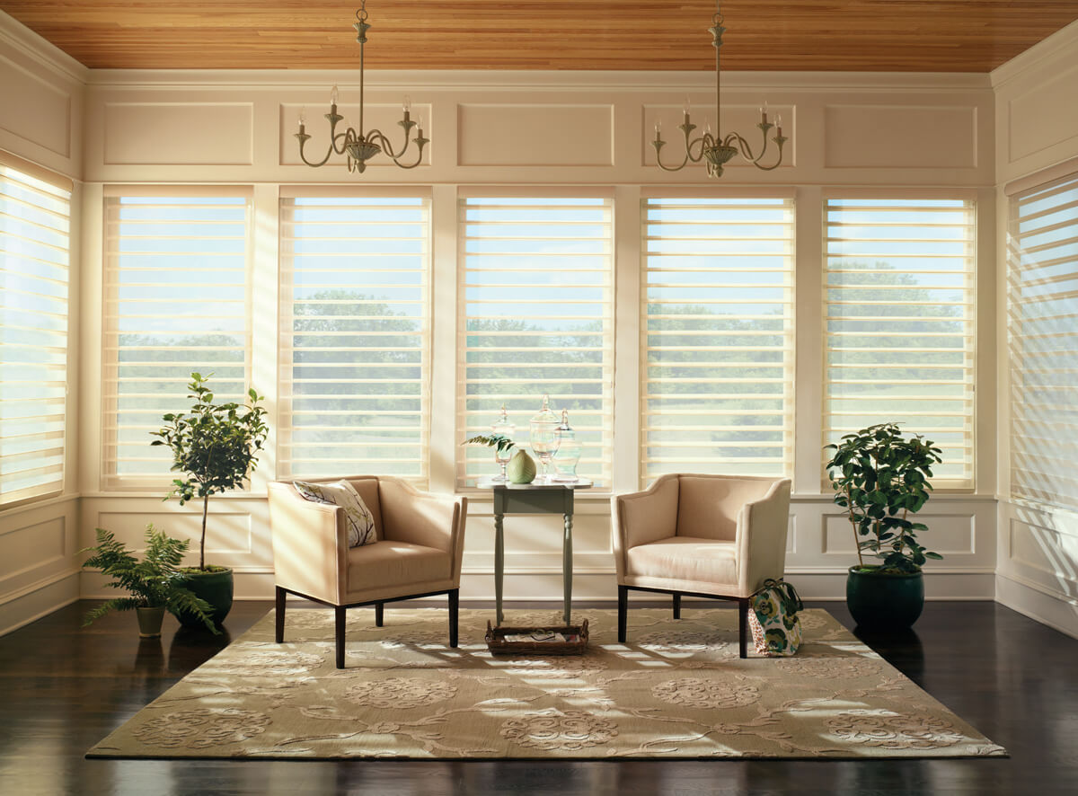 4 Reasons We Love Hunter Douglas Silhouette Shades