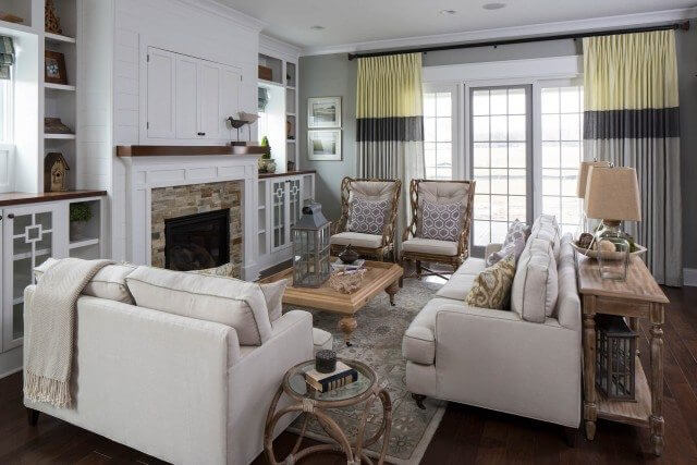 Living Room with Seamed Drapes