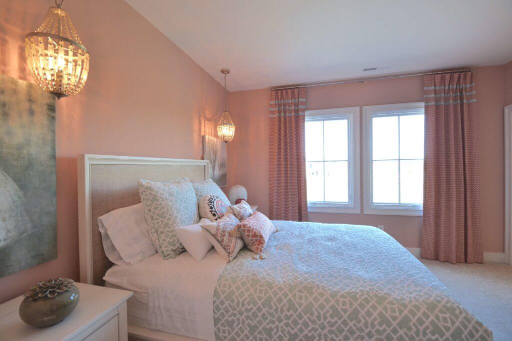 Home-a-Rama 2016 Gradison Home - girl's bedroom