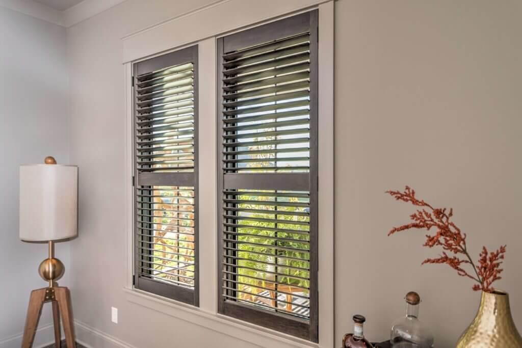 Image of: Window Treatments That Don T Hide Trim Drapery Street